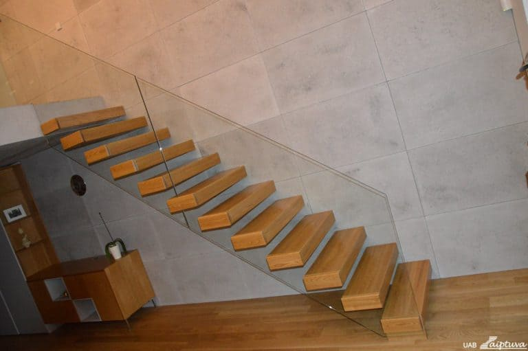 Console staircase C1