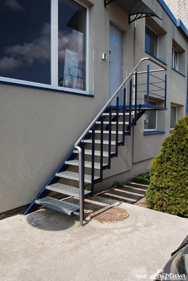 Outdoor staircase P1