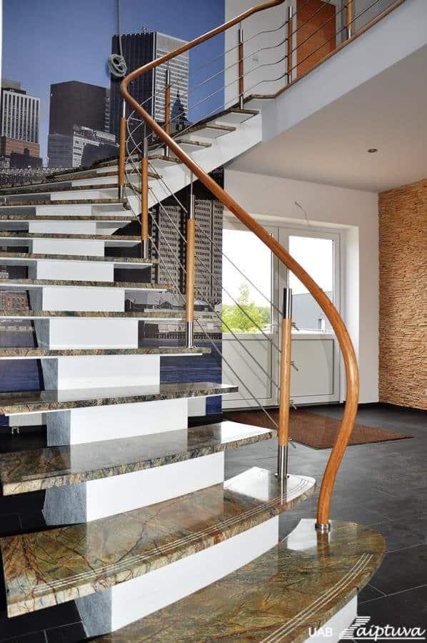 Staircase on metal construction - Laiptuva