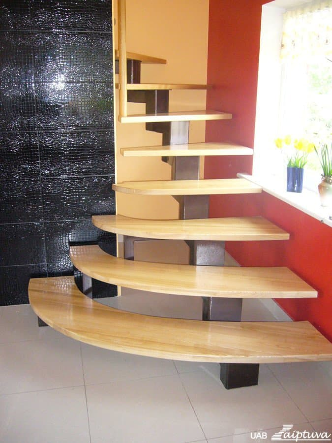 Metal construction staircase M12