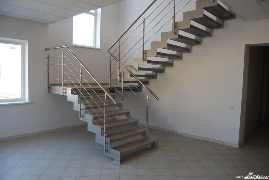 Metalinės konstrukcijos laiptai M19-1