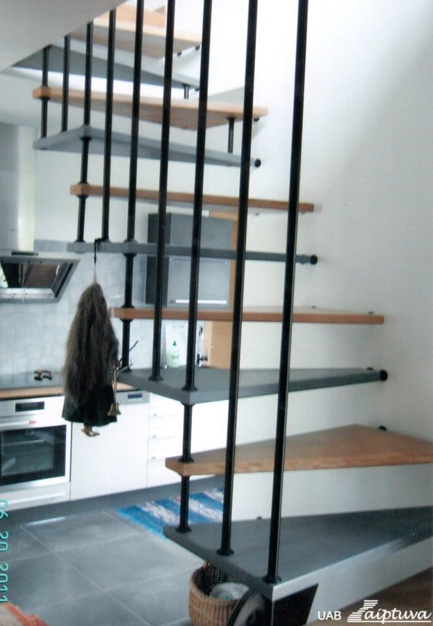 Space-saving staircase T1