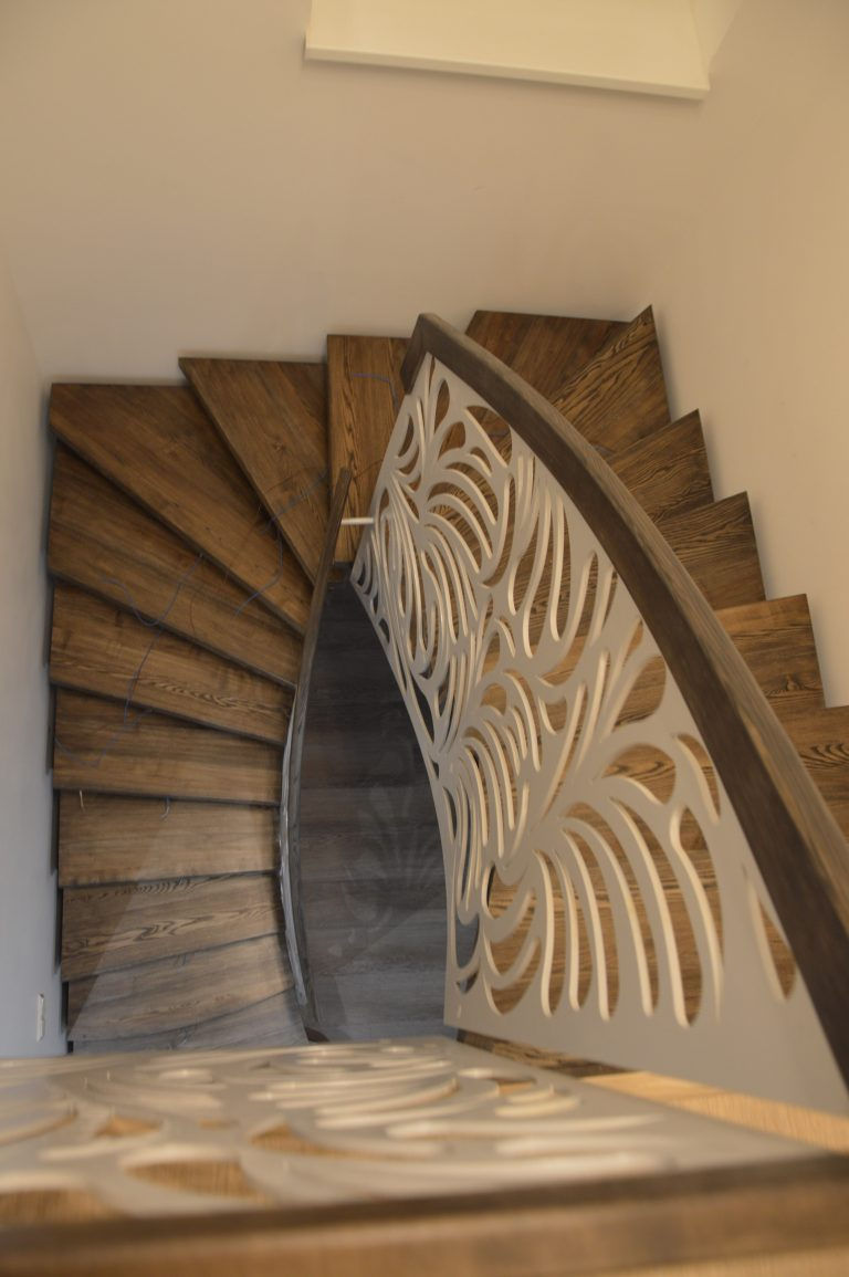 Metal construction staircase M23