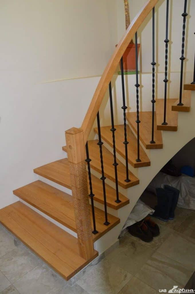 Betoninės konstrukcijos laiptai B10