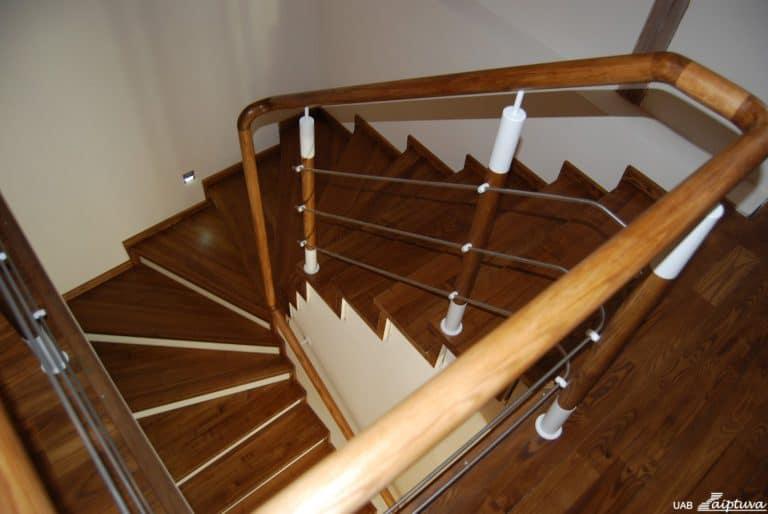 Betoninės konstrukcijos laiptai B4