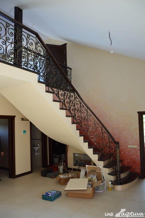 Betoninės konstrukcijos laiptai B6