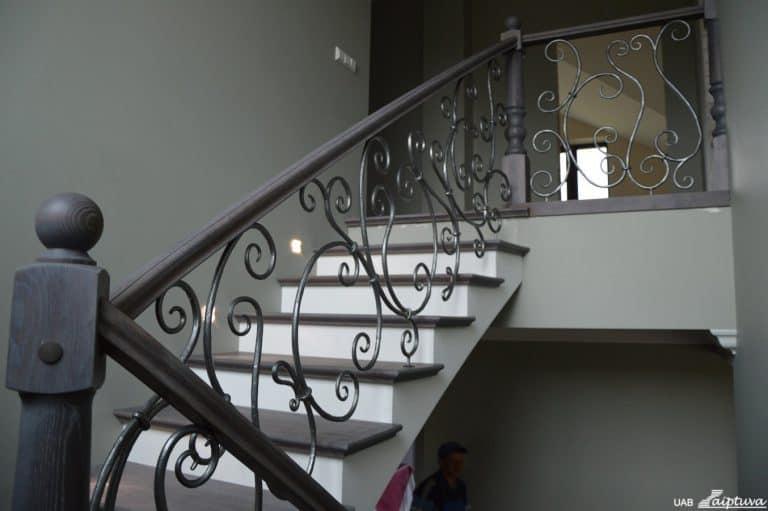 Betoninės konstrukcijos laiptai B7