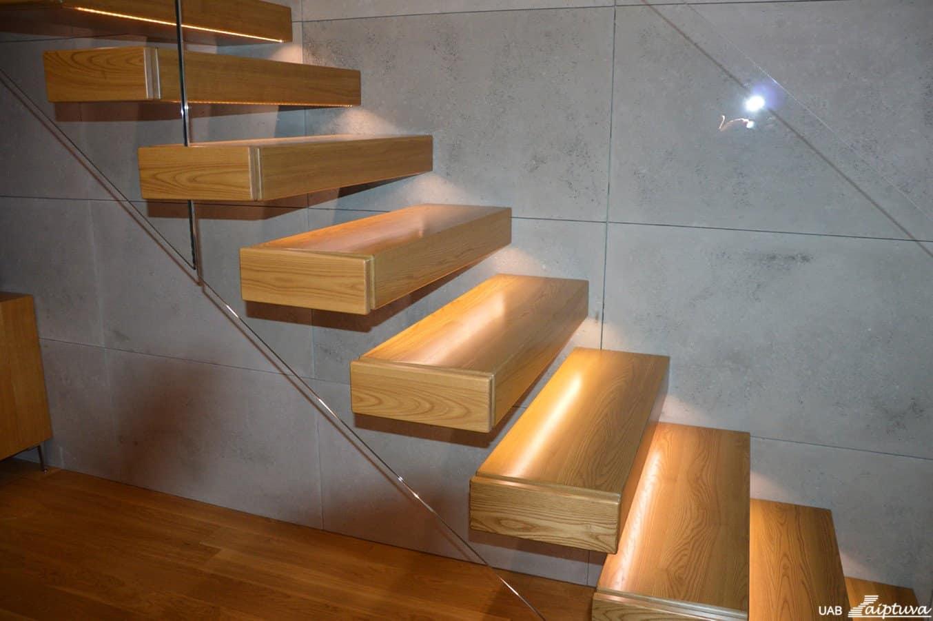 Konsoliniai laiptai C1-3