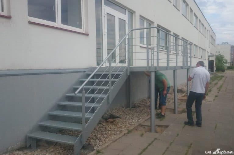 Outdoor staircase P3