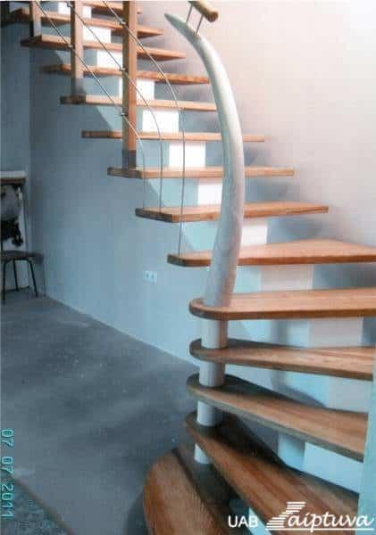 [:lt]Metalinės konstrukcijos laiptai M4[:]